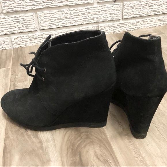 Nine West Black Suede Wedge Boot Vintage American